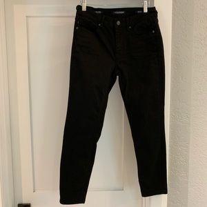 Vigoss The Jagger mid-rise black crop jeans